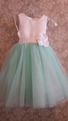 Mint green never looked cuter than on this flower girl dress! Mint green never looked cuter than on this flower girl dress! Mint Green Flowers, Wedding Mint Green, Mint Green Dress, Mint Green Bridesmaid Dresses, Flower Girl Dresses Mint, Girls Dresses, Boho Wedding Dress, Wedding Dresses, Wedding Mandap