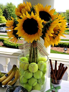 Cute idea for a tennis party! Find more tennis ideas, quotes, tips, and lessons at Tennis Shop, Tennis Party, Sport Tennis, Sports Party, Play Tennis, Tennis Table, Tennis Lessons, Tennis Tips, Serena Williams
