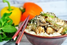 Low carb recepty s nízkym obsahom sacharidov Japchae, Tofu, Acai Bowl, Food To Make, Low Carb, Snacks, Fitness, Healthy, Breakfast