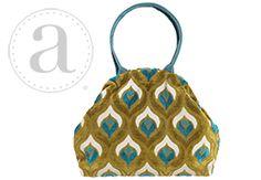 Atenti Betty Handbag at Dream Weaver Yarns LLC