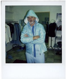 Happy Birthday 67th to the legend Bill Murray! Here he is behind the scenes of my favorite role of his Steve Zissou in The Life Aquatic. What's your favorite Bill Murray role and why?