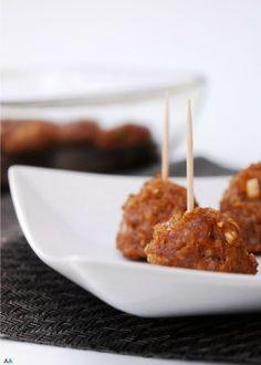 Gluten, Dairy & Egg Free Asian Quinoa Meatballs (Nut Free Too! Pumpkin Chocolate Chip Muffins, Chocolate Chip Oatmeal, Gf Recipes, Dairy Free Recipes, Dinner Recipes, Lunch Recipes, Fodmap Recipes, Bean Recipes, Party Recipes