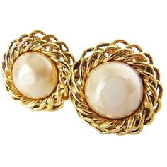 Pre-owned Auth Chanel Need Repair Faux Pearl Earrings Gold Accessory... ($169) ❤ liked on Polyvore featuring jewelry, earrings, accessories, gold, diamond earrings, gold earrings, womens jewellery, preowned jewelry and white earrings