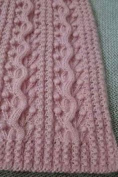 This Pin was discovered by ayfBenzer Çalışmalar No related Der Neuen : way-pistache-vest-model Knitting Stiches, Cable Knitting, Knitting Blogs, Baby Knitting Patterns, Knitting Projects, Stitch Patterns, Crochet Patterns, Crochet Lace Edging, Crochet Motifs