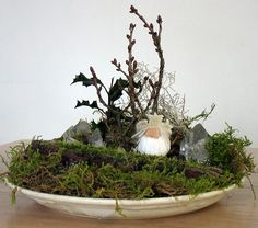 The perfect concept if all you have room for is a small nature table.
