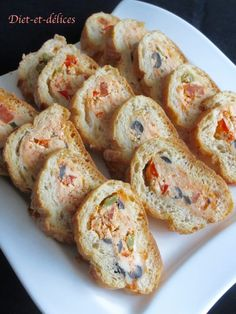 Baguette stuffed with chorizo and small vegetables: Diet & Delights - Diet Recipes - Christal Koppe Tapas, Chorizo, Party Buffet, Hors D'oeuvres, Appetizers For Party, Creative Food, Food Presentation, Food Dishes, Pesto