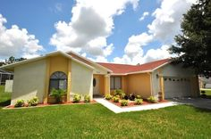 All-Inclusive vacation rental home with endless food, drink, activities and fun in the sun in Florida are a vacationer dream comes true...  Have a look: http://www.villa4less.com/vacation-rentals-homes.asp