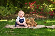 I had the opportunity to photograph a 6 month old baby he was great but the fun part is I photographed his mom when she was 6 months old and have been photographing her ever since. It was wonderful to see mom, grandma and to meet the newest member of the family.