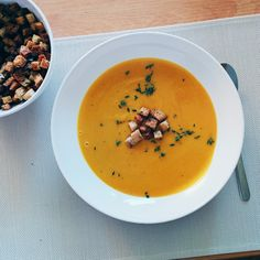 This simple and scrumptious crockpot squash soup - perfect for those cool fall evenings when you're in need of some comfort food.