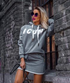 Long White Maxi Dress, Lebanese Girls, Sexy Dresses, Dresses With Sleeves, Hooded Dress, Trendy Clothes For Women, Clothing Websites, Casual Sweaters, Printed Sweatshirts