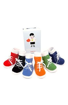 Free shipping and returns on Trumpette 'Johnny' Socks Gift Set (Baby Boys) at Nordstrom.com. Soft socks in a pack of six pairs look just like tiny high-tops, right down to the laces.