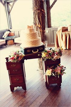 shabby chic wedding cake, LOVE THIS!!! grandmother/great grandmother's sewing table, and an old suitcase from grandfather/great grandfather. way to incorporate family