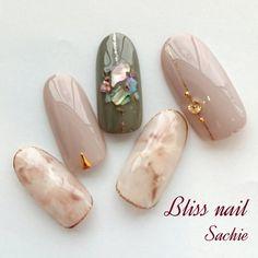 Look at these natural nail colors. Japanese Nail Design, Japanese Nail Art, Trendy Nails, Cute Nails, Nails To Go, Japan Nail, Diamond Nail Art, Cute Nail Art Designs, Nail Tattoo