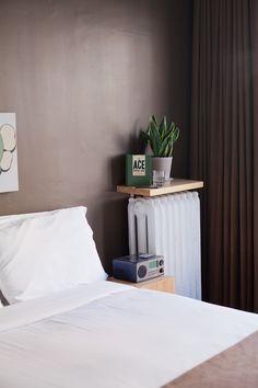 dark bedroom walls and shelf over radiator Dark Bedroom Walls, Bedroom Wall Colors, Clean Bedroom, Bedroom Ideas, Radiator Cover, Radiator Shelf, Shingle Style Homes, Zen Space, Guest Room Office