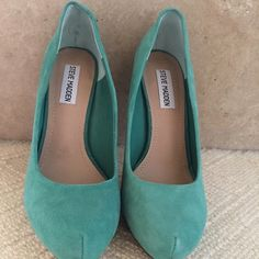 Steve Madden Turquoise Suede Pumps,  size 7.5 Steve Madden Turquoise Traisie Round Toe Suede Round ToePlatform Dress Pumps. Size 7.5. Worn a couple of times, in great condition. Tiny mark on back of left heel as seen in 4rth picture. Steve Madden Shoes Platforms
