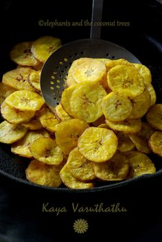 elephants and the coconut trees: Kaya varuthathu / Nendrakaya chips / Ettakka upperi /Plantain chips Kerala Sadya recipe