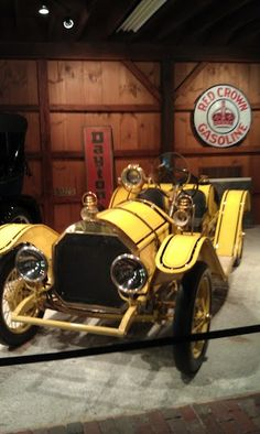 I believe this is a Stutz Bearcat Yellow Car, Mellow Yellow, Classic Motors, Classic Cars, Vintage Cars, Antique Cars, Automobile, Hot Cars, Absolutely Gorgeous