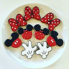 Mickey Sugar Cookies, Sugar Cookie Royal Icing, Disney Cookies, Iced Cookies, Cute Cookies, Mini Mouse Cookies, Torta Minnie Mouse, Fondant Cookies, Cupcakes