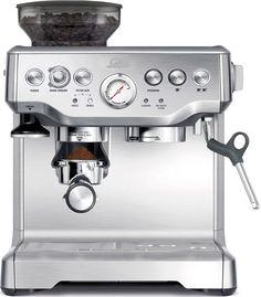 Solis Grind and Infuse Pro Handmatige Espressomachine  Solis Grind and Infuse Pro: Koffiezetten als een pro Met de Solis Grind and Infuse Pro haal je een professionele espressomachine in huis. Je kunt handmatig of automatisch bonen malen en daarmee de heerlijkste koffie zetten. Doordat de machine een stoomtuit heeft behoren ook cappuccino's tot de mogelijkheden. Nog een fijne optie: dankzij de warmhoudplaat warm je de kopjes alvast op terwijl je koffie zet zo blijft je koffie lekker lang…