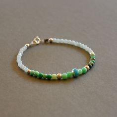 Bracelet fantaisie pierres amazonites, opales et chrysoprases : Bracelet par kanakeis
