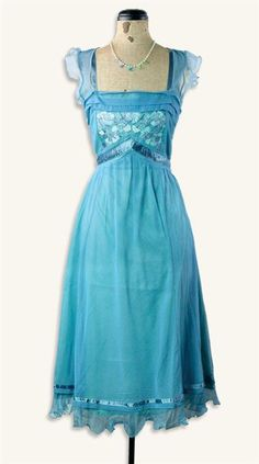 Fleurs Bleues Dress, gorgeous although i would prefer it floor length or just above the knee.