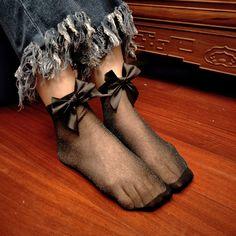 2017 Spring Summer harajuku Hollow Out Mesh Socks With Bow Women Fashion Vintage Fishnet Shiny Socks Punk Rock Short Anke Socks