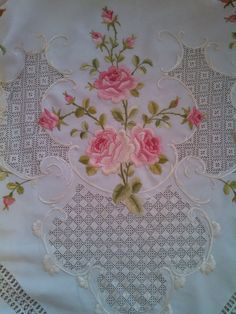 Good Amazing Antique Victorian Society Silk Tablecloth~roses-hand Embroidered Tablecloths Antiques