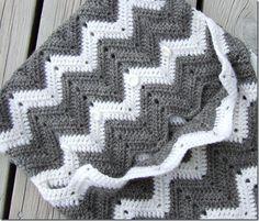 How to crochet a chevron print pillow. Yay!