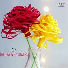 Mas videos en YOUTUBE - Siguenos para que puedas ver mas ... DIY - manualidades paso a paso - trucos - consejos y mas.. #DIY #manualidades #trucos #consejos #reciclaje Paper Folding Crafts, Paper Flowers Craft, Paper Crafts Origami, Origami Easy, Flower Crafts, Origami Videos, Origami Flowers, Mothers Day Crafts For Kids, Crafts For Seniors