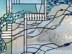 Stained and leaded glass window panel detail - Artistic Line Studio