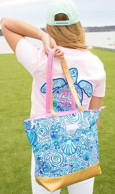 c7d77affc11 9 Best We Whaley Love Vineyard Vines images in 2019