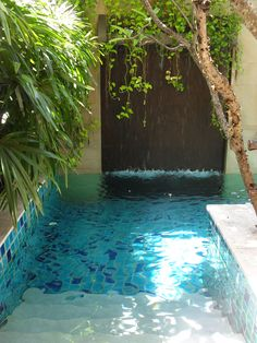 93 Awesome Swimming Pools Backyard Landscaping Ideas 31 – Famous Last Words Backyard Pool Designs, Small Backyard Pools, Small Pools, Swimming Pools Backyard, Swimming Pool Designs, Backyard Landscaping, Landscaping Ideas, Mini Swimming Pool, Lap Pools