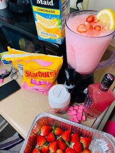 Alcoholic Punch Recipes, Easy Alcoholic Drinks, Easy Punch Recipes, Jello Shot Recipes, Alcohol Drink Recipes, Candy Drinks, Party Drinks Alcohol, Liquor Drinks, Fun Drinks