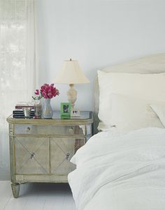 Obsessed with these nightstands