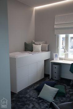asuntomessut2016-9201 Room Design Bedroom, Room Ideas Bedroom, Kids Bedroom, Room Decor, Small Bedroom Wardrobe, Bedroom Storage For Small Rooms, Maids Room, Condo Interior, Kallax