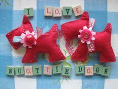 VINTAGEUMBRELLA at  www.jennicanknit.blogspot.com  scottie dog