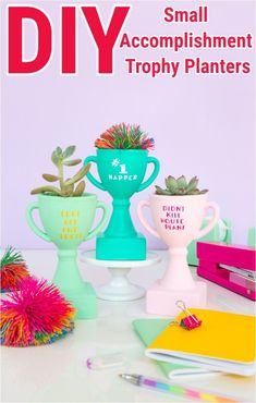 I am here with some interesting and cheap DIY projects for home decoration.That will prove very beneficial to build up a well-decorated home. Leaf Projects, Diy House Projects, Arts And Crafts Projects, Fun Crafts, Diy Trophy, Book Page Roses, Pom Pom Rug, Wooden Diy, Diy Wood