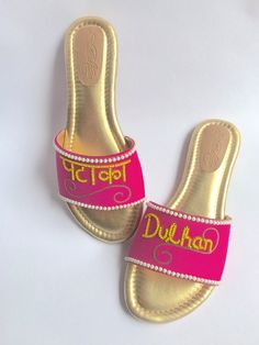 Looking to Shop Wedding Shoes in India? Want designer footwear, but don't know the prices? Check out 5 amazing wedding footwear brands India in this post. Bridal Sandals, Bridal Shoes, Wedding Shoes, Bridal Footwear, Bridal Accessories, Fashion Accessories, Bride Slippers, Bridal Flip Flops, Beautiful High Heels
