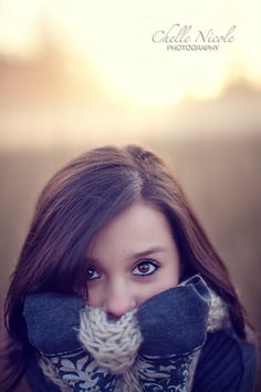 I am Marlee and I modle I love people and love guys who flirt Teen Girl Photography, Autumn Photography, Senior Photography, Love Photography, Portrait Photography, Picture Poses, Photo Poses, Picture Ideas, Photo Ideas