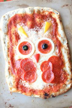 Owl have a slice of that ooh soo adorable pizza, please!