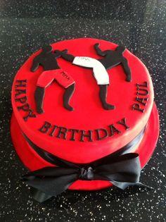 MMA birthday cake Birthday Fun, Birthday Party Themes, Birthday Cake, Ufc, Cake Cookies, Cupcake Cakes, Gym Cake, Breakfast Cake, Baking Tips