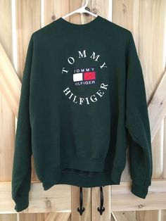 560ad1e1335 Vintage Tommy Hilfiger Large Spell Out Logo Green XL Crewneck  Sweater/Sweatshirt