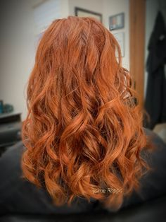 Bright red hair color using Redken Bright Red Hair, Red Hair Color, Cool Hair Color, Redken Color Gels, Hair Color Experts, Color Correction Hair, Best Hair Salon, Auburn Hair, Hair Studio