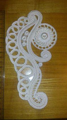 How to Crochet a Puff Flower Crochet Cape Pattern, Irish Crochet Patterns, Crochet Motifs, Freeform Crochet, Lace Patterns, Filet Crochet, Crochet Designs, Crochet Doilies, Crochet Stitches