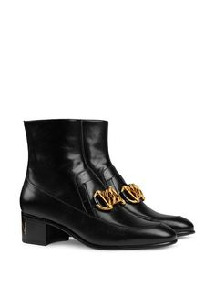 Check out Gucci with over 11 items in stock. Shop Gucci Horsebit chain loafer boots today with fast Australia delivery and free returns. Leather Chelsea Boots, Black Leather Boots, Sneaker Boots, Bootie Boots, Shoe Boots, Mens Leather Loafers, Fall Winter Shoes, Gucci Boots, Gucci Horsebit