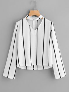 Sheinside Striped Blouse Women Shirts Blouses Autumn Crop Top Long Sleeve Cut Out V Neck With choker 2017 Office Ladies Blouse Teen Fashion Outfits, Trendy Outfits, Style Fashion, Fashion Women, Fashion Dresses, Vetement Fashion, Black And White Blouse, White White, White Out