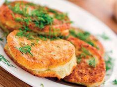 Retete culinare by Unica.ro - delicii din bucataria romaneasca si internationala Halloumi Burger, Salmon Burgers, Quiche, Zucchini, Bacon, Potatoes, Breakfast, Ethnic Recipes, Food