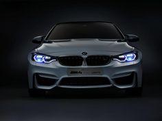 #BMW #M4 Iconic Lights #Concept posee la iluminación del futuro #autos #coches #BMWM4