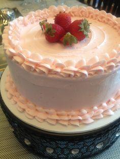 Real Strawberry Cake   www.DulceMomentz.com