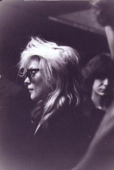 Debbie Harry from Blondie  #70s #1970 #années70 #beauté #makeup #vintage #retro #maquillage #coiffure
